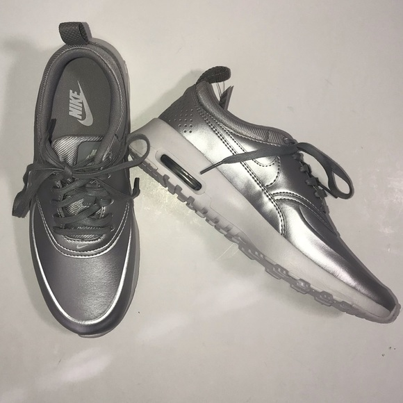 best loved b6709 751e9 Nike Air Max Silver Sneakers Size 6.5 NEW
